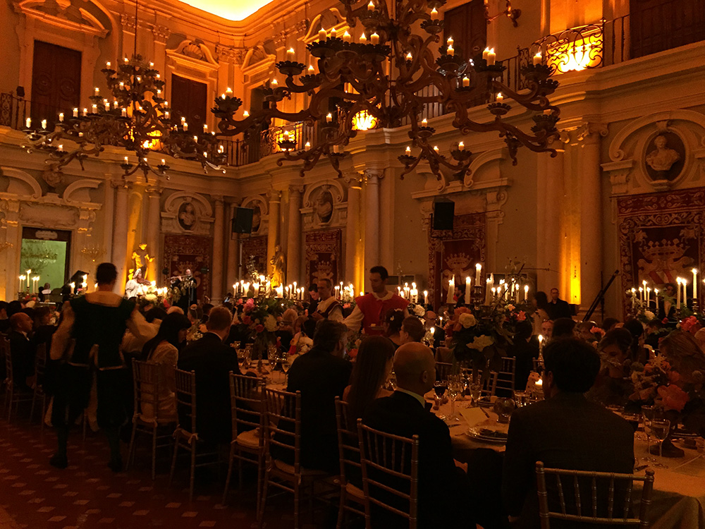 gala dinner in historical palace in italy